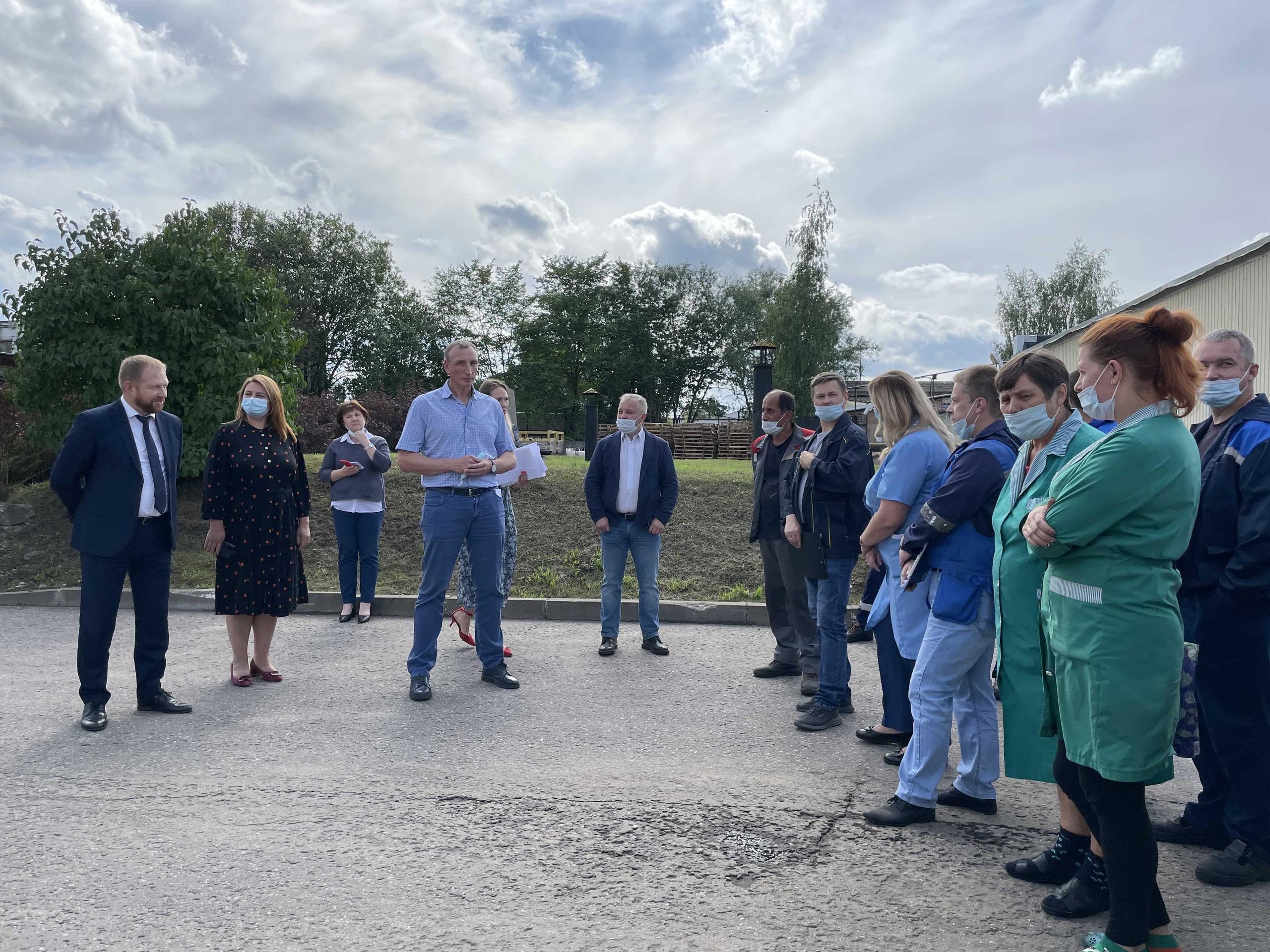 Встреча депутата Госдумы с трудовым коллективом завода Псковкабель